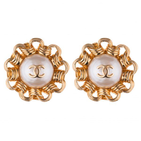 Vintage flower earrings Chanel