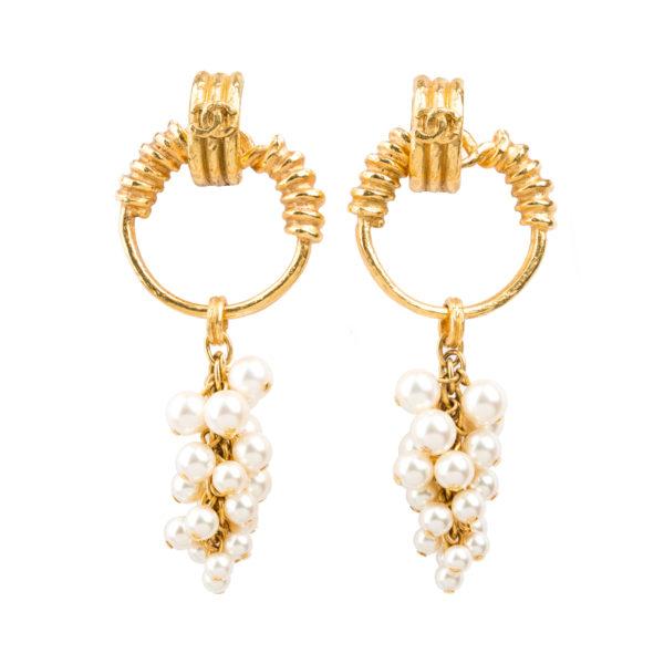 Vintage pearl dangle earrings Chanel